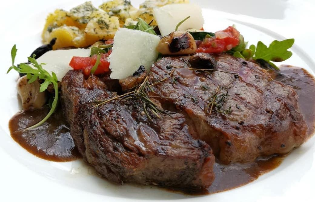 Bacco steak