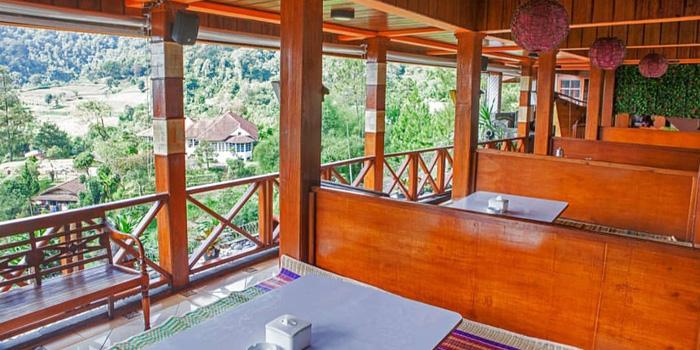 Interior 1 at Bumi Aki, Puncak