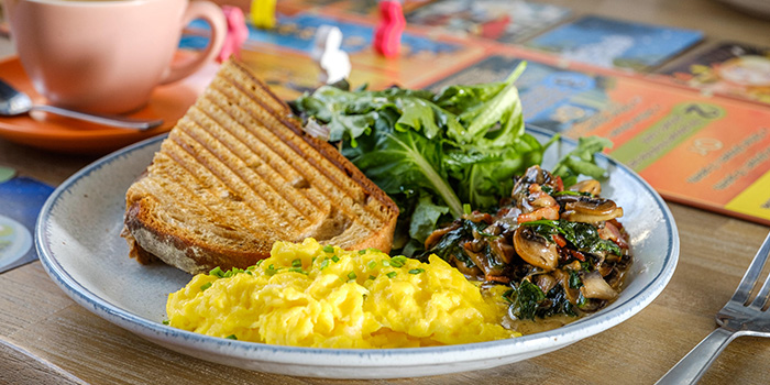 Big Breakfast from King and the Pawn in Bugis, Singapore