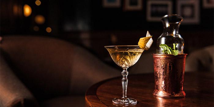 Cocktails 2 at Roosevelt