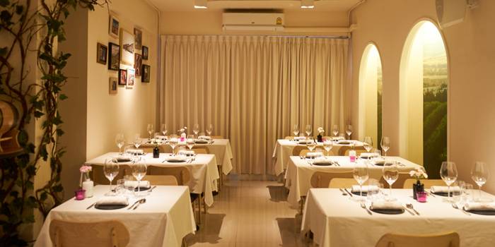 Dining Area of Bodegas Wine at 67/48-49 Moo 8, Ratchaphruek Rd. Bang Krang, Muang Nontaburi Nontaburi