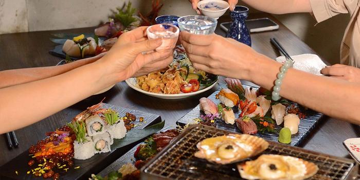 Dining Party, Nan Ei Sui San, Tsim Sha Tsui, Hong Kong