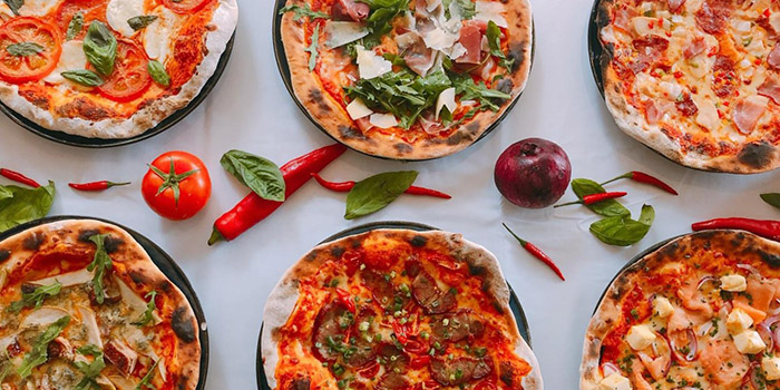 Real Stone Fire Pizza, MoMo Cafe (Sai Ying Pun), Sai Ying Pun, Hong Kong