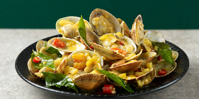 Stir Fried Garlic Butter Clams from Chong Qing Grilled Fish (Chinatown) in Chinatown, Singapore