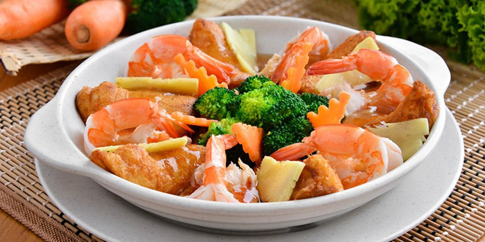 Prawns with Broccoli and Tofu from Kampong Cafe at Sports Lifestyle Centre in Bukit Merah, Singapore