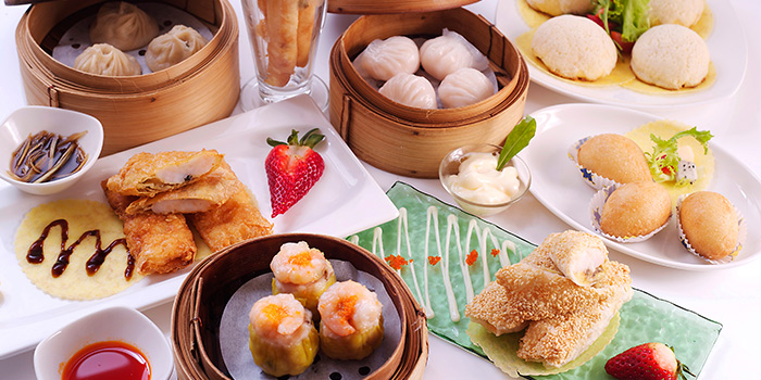 Dim Sum Group Shot from Mouth Restaurant at Air View Building in Tanjong Pagar, Singapore