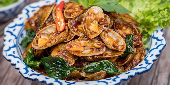 Stir Fry Flower Clam with Sweet Basil Leaves & Chili Paste from Thonglor Thai Cuisine & Seafood (West Coast) at West Coast Plaza in West Coast, Singapore