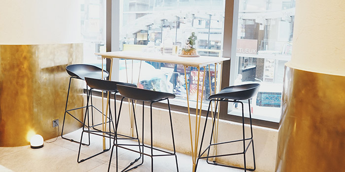 Window Table, INTERVAL Coffee Bar, Central, Hong Kong