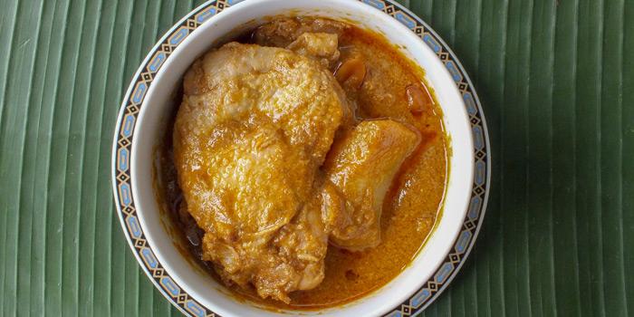 Chicken Massaman Curry from Methavalai Sorndaeng at 78/2 Ratchadumneon Klang Rd, Phra Nakhon Bangkok