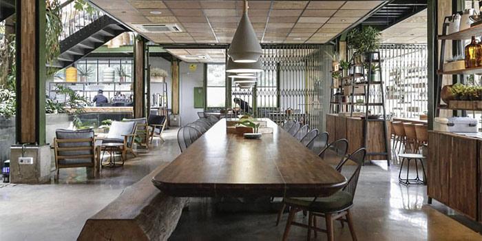 Interior 2 at Kayu Kayu Restaurant