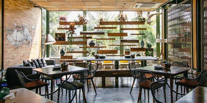 Interior 3 at Kayu Kayu Restaurant