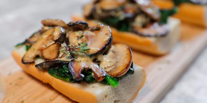 Mushroom Toast, The 50