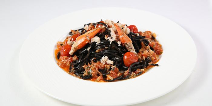 Pasta Black Ink Squid Spaghetti with Crab at The Village, Sanur
