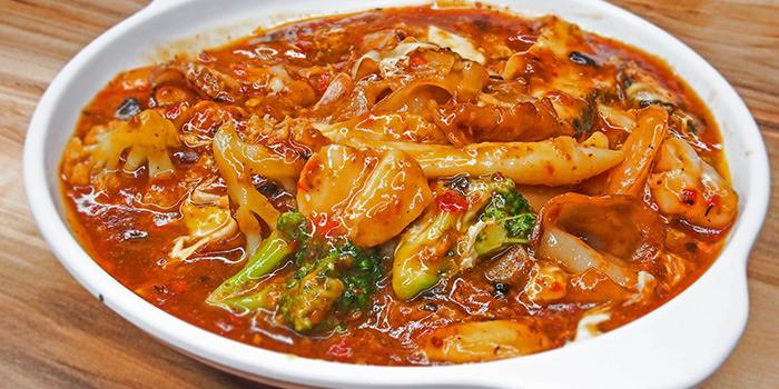 Signature Hor Fun from Happiness Seafood by Uncle Leong Signatures in Kallang, Singapore