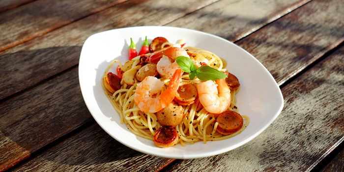 Chorizo Prawn Aglio Olio from Lin Rooftop Bar in Tiong Bahru, Singapore