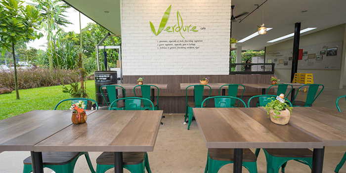 Exterior of Verdure Cafe at Springleaf Nature Park in Thomson, Singapore