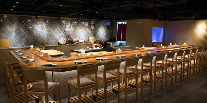 Sushi Bar, Sakura Japanese Cuisine Restaurant, Central, Hong Kong