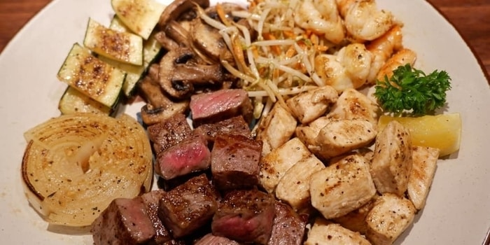 Land Package from Benihana at Plaza Indonesia in Thamrin, Jakarta