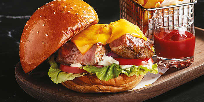 Iberico Pork Collar Burger, Reserva Ibérica Tapas Bar & Café (Causeway Bay), Causeway Bay, Hong Kong