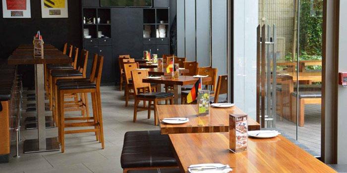 Interior, BROTZEIT German Bier Bar & Restaurant (YOHO Mall), Yuen Long, Hong Kong