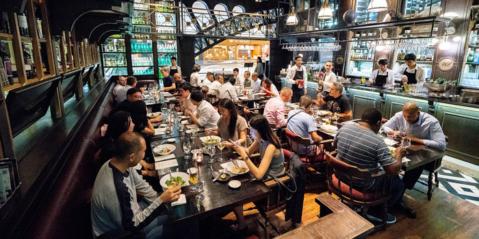 Ambience of Water Library Brasserie @ Central Embassy atCentral Embassy 1031 Phloen Chit Rd Pathum Wan, Khet Pathum Wan Bangkok