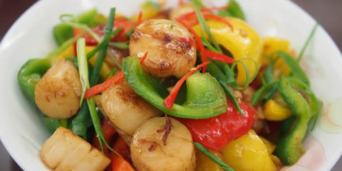 Stir Fried Scallops from Anita Private Kitchen at Young Place Ground floor Soi Sukhumvit 23, Bangkok