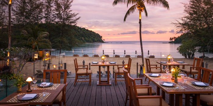 Atmosphere of Dee Plee in Layan, Phuket, Thailand