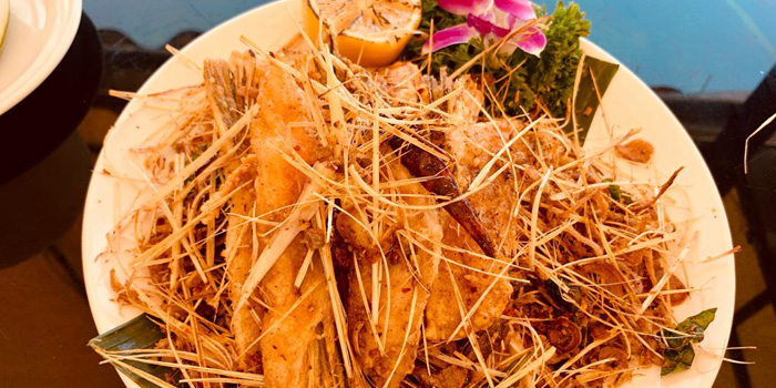 Crispy Seasonal Salmon Belly with Thai Herbs, Thai Dao, Sai Kung, Hong Kong