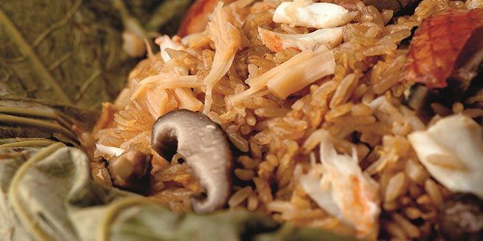 Fried Rice with Fresh Crab Meat, Conpoy & Mushrooms Wrapped in Fresh Lotus Leaf, Fook Lam Moon (Hong Kong), Wan Chai, Hong Kong