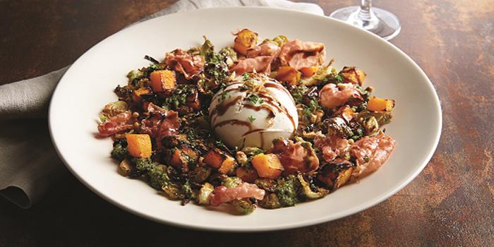 Fall Burrata Salad, Morton