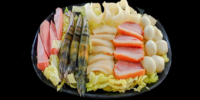Seafood Platter from Charcoal Mookata in Kallang, Singapore