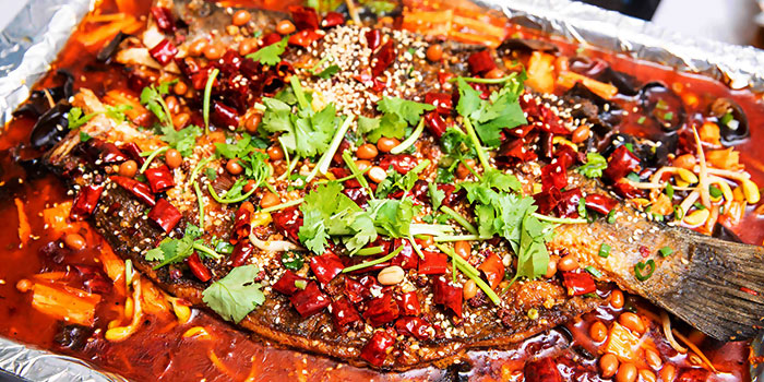 """Grilled Fish from Dating Fish 鱼你有约""""音乐主题餐厅 in Chinatown, Singapore"""