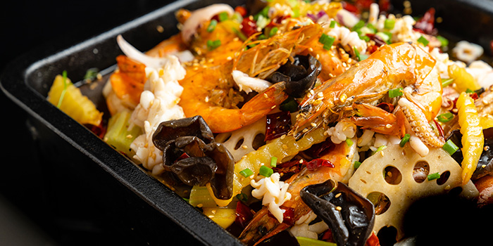"""Mixed Seafood from Dating Fish 鱼你有约""""音乐主题餐厅 in Chinatown, Singapore"""