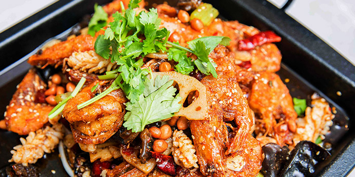 """Spicy Chilli from Dating Fish 鱼你有约""""音乐主题餐厅 in Chinatown, Singapore"""