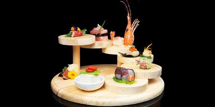 Zeitaku Sushi Moriawase from Issho Izakaya (Great World City) in River Valley, Singapore
