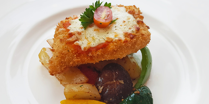 Chicken Parmigiana from Lawry