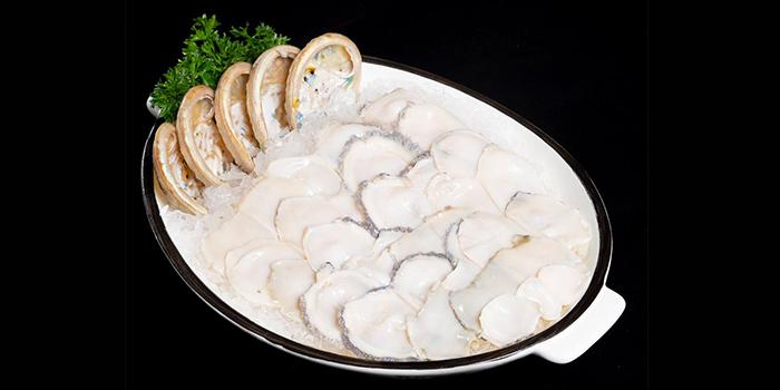 Abalone from Little Lamb Hotpot Suntec (小尾羊) at Sky Garden Suntec City Mall in Promenade, Singapore