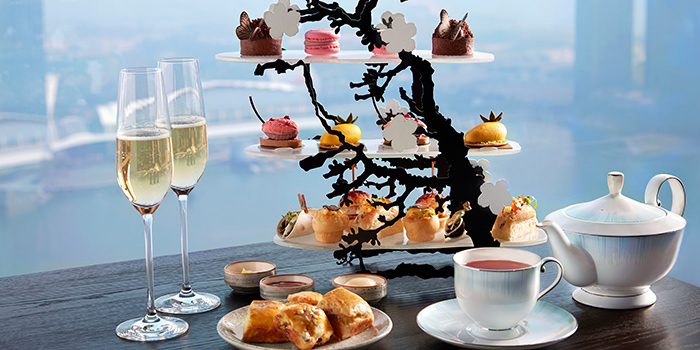 High Tea Set from SKAI Restaurant at Swissotel the Stamford in City Hall, Singapore
