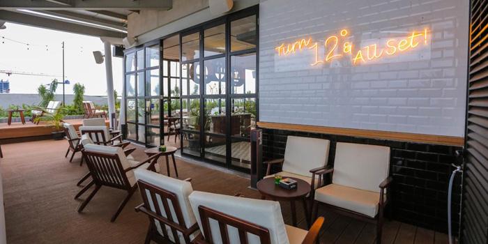 Interior 1 at 12 Degrees Rooftop Bar & Lounge, Gading Serpong