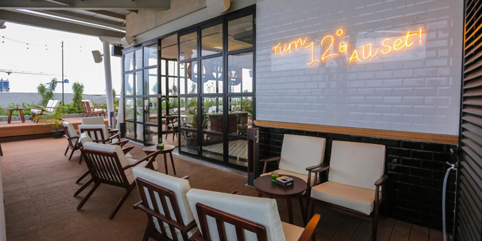 Interior 1 at 12 Degrees Rooftop Bar & Lounge, Gading Serpong
