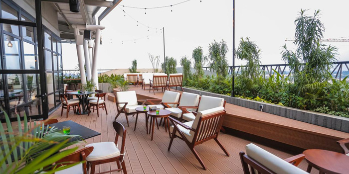 Interior 4 at Twelve Degrees Rooftop Bar & Lounge, Gading Serpong
