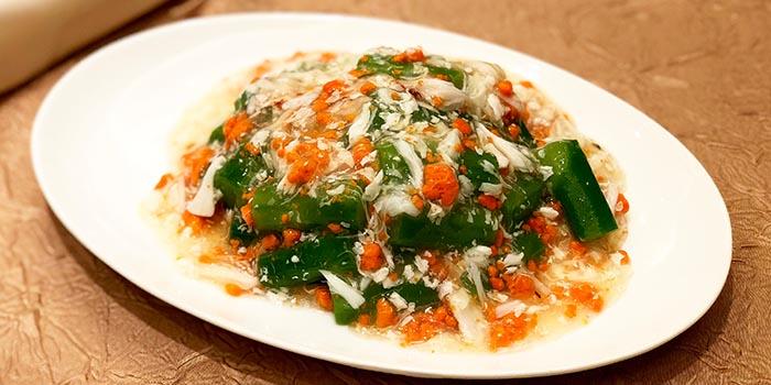 Sautéed Seasonal Vegetables with Fresh Crab Roe, Fook Lam Moon (Kowloon), Tsim Sha Tsui, Hong Kong