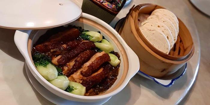 Roasted Duck from Chef Pom Kitchen at 209/5 Charoen Nakorn Samre, Thon Buri Bangkok