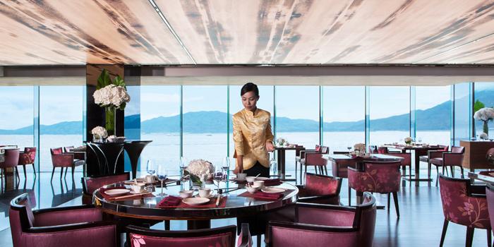 Dining Area, Man Ho Chinese Restaurant, Chek Lap Kok, Hong Kong