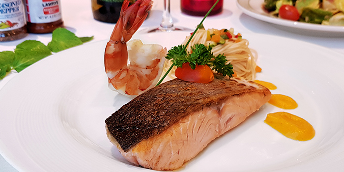 Oven Baked King Salmon (Thanksgiving) from Lawry