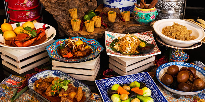 Peranakan Chinese Buffet Station from Atrium Restaurant in Holiday Inn Singapore Atrium in Outram, Singapore