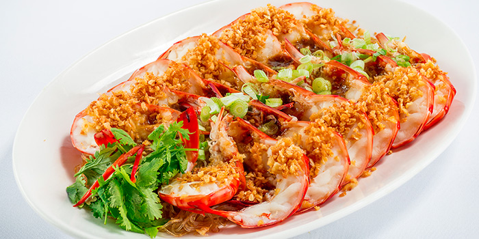 Steamed Live Prawns with Minced Garlic and Soya Sauce from 566 Seafood & Beer Garden At Mandai Hill in Woodlands, Singapore