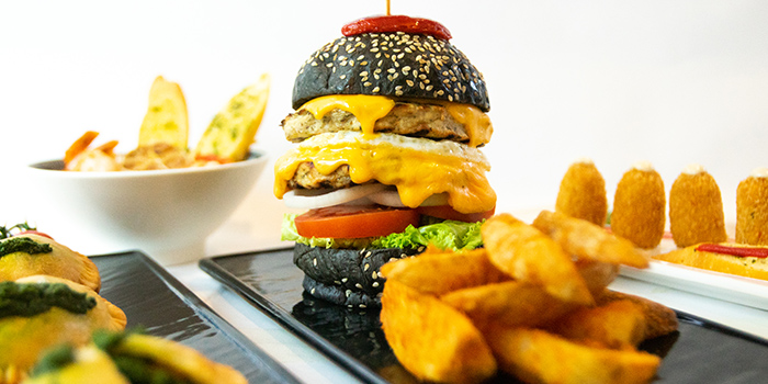 De Pollo Burger from Cuba Libre Cafe & Bar (Frasers Tower) in Tanjong Pagar, Singapore