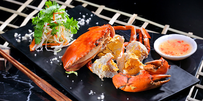 Double Shell Cold Crab from G7 Sin Ma Live Seafood and Frog Porridge in Kallang, Singapore