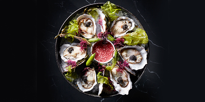 SpÇciale Geay Oyster Platter from VUE at OUE Bayfront in Marina Bay, Singapore